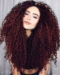 Curly hair styles, colored curly hair и big curly hair. Big Curly Hair, Colored Curly Hair, Long Curly, Curly Hair Styles, Natural Hair Styles, Curly Afro, Beautiful Long Hair, Gorgeous Hair, Sexy Curls