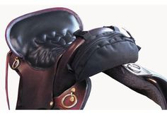 $12.95-chicksaddlery.com- I NEED this!!! TrailMax Pommel Pocket