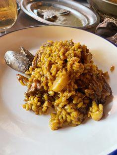 El Racó del Mariner - Le Cool Barcelona Tapas, Chicken Wings, Risotto, Barcelona, Meat, Cool Stuff, Videos, Ethnic Recipes, Food