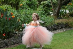 Gorgeous flower girl dress by VivienKitTutus on Etsy, $75.00