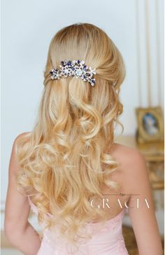 Wedding Hairstyle ERIKA Royal Blue Crystal Bridal Hair Comb With Pearl Something Blue by TopGracia Updo With Headband, Wedding Headband, Headband Hairstyles, Down Hairstyles, Bridal Hairstyles, Wedding Hair Down, Hair Comb Wedding, Wedding Veils, Wedding Flowers