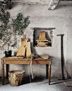 A touch of Wabi-Sabi Andrea Brugi, Carpenter Home Interior, Interior And Exterior, Interior Decorating, Interior Design, Wabi Sabi, Home Design, Design Ideas, Sweet Home, Turbulence Deco