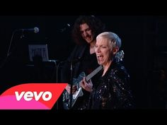 Hozier, Annie Lennox - Take Me to Church / I Put a Spell on You (Medley) (57th GRAMMYs) - YouTube
