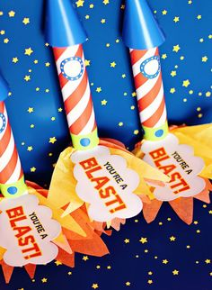 Rocket Party Favors - Free templates included with tutorial to make these DIY favors