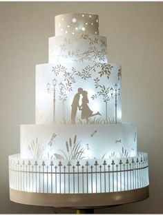 Illuminated Silhouette Wedding Cake Art