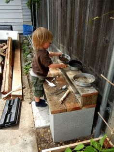 New Diy Outdoor Kids Play Area Mud Kitchen Ideas Outdoor Play Spaces, Kids Outdoor Play, Kids Play Area, Backyard For Kids, Outdoor Fun, Natural Playground, Backyard Playground, Outdoor Classroom, Kids Playing