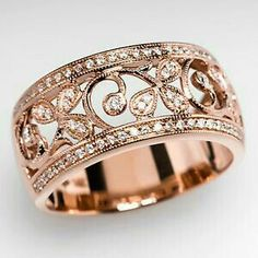 Wedding band gold rose
