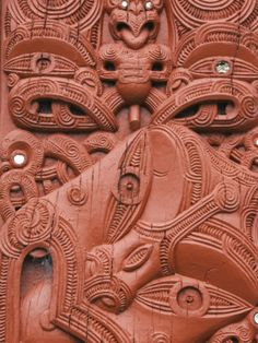 size: Photographic Print: Carvings on a Whare Whakairo Meeting House, Rotorua, Taupo Volcanic Zone, North Island, New Zealand by Kober Christian : Artists Maori Patterns, North Island New Zealand, Maori Tattoo Designs, Pattern And Decoration, Maori Art, Kiwiana, Tropical Art, Bone Carving, Land Art