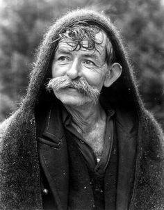 ΤΑΚΗΣ ΤΛΟΥΠΑΣ-Ο Οδυσσέας στη βροχή 1978