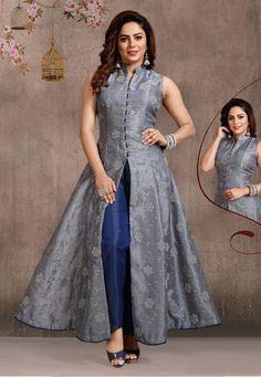 Designer Dresses in all sizes Designer Anarkali Dresses, Designer Party Wear Dresses, Kurti Designs Party Wear, Indian Designer Outfits, Designer Punjabi Suits, Designer Sarees, Kurta Neck Design, Indian Gowns Dresses, Organza