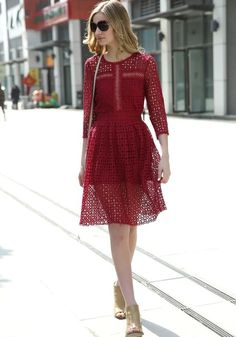 Red Patchwork Lace Hollow-out Draped 3/4 Sleeve A-line Slim Homecoming Midi Dress