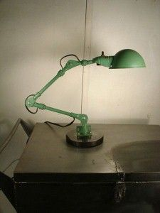 Adjustable Knuckle Arm Industrial Work Lamp Green