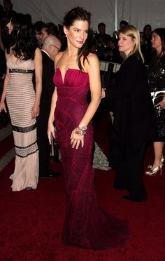 Pin for Later: 75 unvergessliche Momente der Met Gala Sandra Bullock — 2007