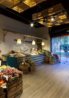 Meat Shop Layout Ideas For 2019 Fruit Party, Fruit Fruit, Fruit Snacks, Fruit Recipes, Fruit Salad, Apple Fruit, Produce Displays, Fruit Displays, Vegetable Shop