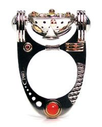 Les bijoux futuristes de Claudio Pino | Elle Québec