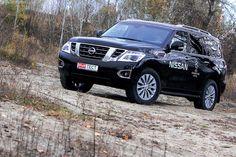 Легендарный внедорожник Nissan Patrol, история которого насчитывает уже 64 года, в новом поколении Y62, появившемся в 2010 году, заметно сменил имидж. В 2014 году интерес к модели производитель решил оживить с помощью планового рестайлинга.