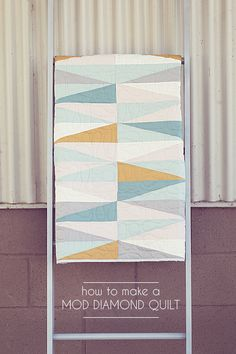 Mod Diamond Baby Quilt - Love the colors and simplicity. Wish I had more time to sew. Quilting Tips, Quilting Projects, Quilting Designs, Baby Quilt Tutorials, Quilting Tutorials, Quilt Modernen, Diamond Quilt, New Energy, Quilt Making