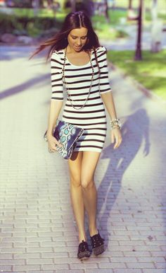 I'm pretty sure, if I was this tiny...stripes would look good on me too. Still like the dress though.