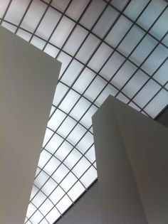 Berlin Architecture 5 - geometric experiments  Neue Gallerie