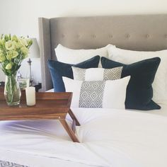 This pic is from our lovely Melbourne based customer Anna who chose Eadie Lifestyle to mark the finishing touches on her newly renovated bedroom. Anna was wanting an upper Manhattan look; sleek, elegant and rich. Here we used our Eadie Lifestyle Lynette plush velvets in Ocean, teamed with our Verdeel linen cushions.