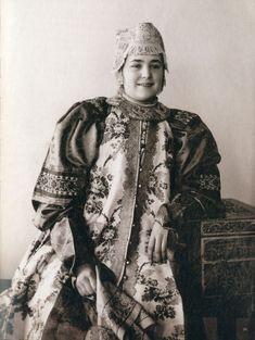 Потрясающая коллекция Натальи Шабельской: народный женский костюм и образцы вышивки. Часть первая - Ярмарка Мастеров - ручная работа, handmade