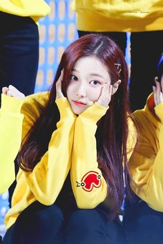 Love Me Forever, Pretty And Cute, Asian Woman, Asian Beauty, My Idol, Girl Group, Cute Girls, Rapper, Snow White