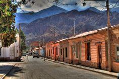 Rua de Tilcara, Quebrada de Humahuaca, província de Jujuy, Argentina.  Fotografia: Juan.