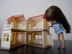 New Mini Sylvanian House... by RementR, via Flickr 1:6th scale (toy size for Barbie, etc)
