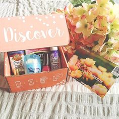 Finally got around to un-boxing my latest @influenster voxbox: The Bloom VoxBox  Full of products that are perfect for Spring! I'll definitely share my thoughts on these products as I try them out  #influenster #voxbox #bloomvoxbox #socutex #healthnails #plump4joy #NuxeUS #sunbeltbakery #OutlastXtend #sinfulcolors #productreview