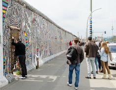 Grafites postais mais vistos em Berlim e Nova York