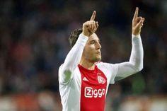 Ajax won gisteravond met 2-0 van FC Groningen. Dat de Amsterdammers maar met twee doelpunten verschil won lag voornamelijk aan het feit dat de kansen voorin niet werden afgemaakt. Nemanja Gudelj zorgde voor het eerste doelpunt via een vrije trap.
