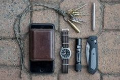 Everyday Carry - 22/M/Vancouver, Canada/Design Student - Getting back into the EDC game...
