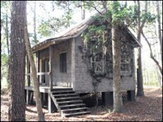 """Katie's cottage SAFE HAVEN Southport NC, I'm SO dying to find me n the girls our own """"safe haven"""""""