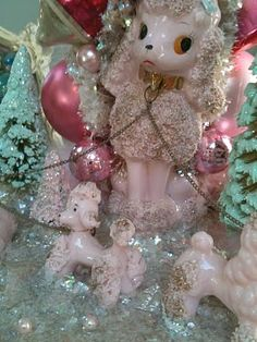 I love these old poodles! And made into Christmas decorations... how cute!!