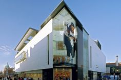 Newenham Mulligan - Roche's Stores