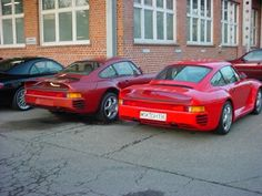 959 x2 at the Porsche Heritage Garage circa 2001 [OC] [604 x 453] - see http://www.classybro.com/ for more!
