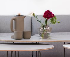 An inside view to Muuto headquarters. Minimal Living, Minimal Decor, Contemporary Architecture, Scandinavian Design, Outdoor Spaces, Minimalism, Vase, Traditional, Living Room
