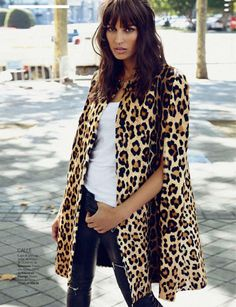 Street chic: Davinia Pelegri in Sportmax by Xavi Gordo for Elle Spain