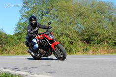 Motos que dão as boas-vindas aos mais jovens motociclistas que pretendem evoluir na cilindrada. Uma versão mais desportiva e uma mais urbana, capazes de proporcionar bons momentos de condução.
