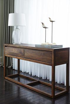 ATELIER Bouclair, Classique - Classic. Découvrez la nouvelle collection de meubles de Bouclair Maison - Bouclair Home introduces its new furniture collection.