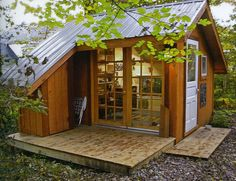 Honey I Shrunk The House: Tiny Homes by Lloyd Kahn