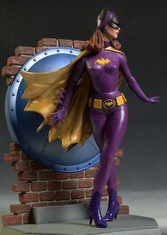Batgirl 1966 Batman TV Show statue Batman Y Robin, Batman 1966, Batman Comic Art, Batman Batman, Batman Tv Show, Batman Tv Series, Dc Comics, Comics Girls, Dc Batgirl