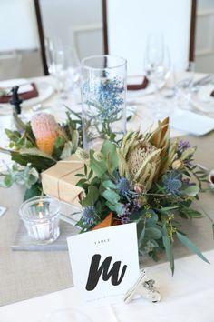 Wedding Table Flowers, Wedding Table Settings, Wedding Decorations, Table Decorations, Wedding Images, Wedding Designs, Garden Images, Botanical Wedding, Elegant