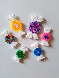 Fridge Magnets – Fridge Magnet, Charms, Sweets – a unique product by Astrid-Zauberstuebchen on DaWanda Perler Bead Designs, Easy Perler Bead Patterns, Hama Beads Design, Diy Perler Beads, Perler Bead Art, Diy Craft Projects, Diy And Crafts, Basson, Peler Beads