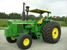 1977 John Deere 6030 one beast of a tractor wish I had one. Grew up driving one, was and still is my favorite tractor. Old John Deere Tractors, Jd Tractors, Antique Tractors, Vintage Tractors, Tractor Canopy, John Deere 6030, John Deere Combine, New Tractor, John Deere Equipment