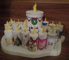 Cozy Christmas, White Christmas, Christmas Time, Pink Candles, Pillar Candles, Diy Advent Calendar, Advent Calendars, Christmas Crafts, Christmas Decorations
