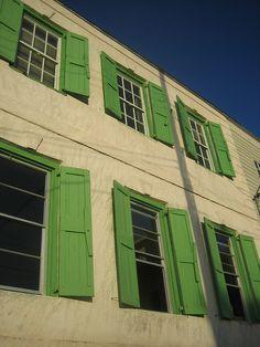 bahamas: I love the green shutters