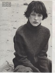 #bowls #bobs #haircut #hairstory #hairstyling #hair #millajovovich #jilsander #jeanpaulgaulter #hermes #beach #sand