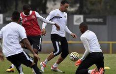 """Ricardo Oliveira treina como titular: """"Imaginem a vontade de fazer gol""""  http://santosfutebolarte.omb10.com/SantosFutebolArte/placar-de-santos-x-ponte-preta"""