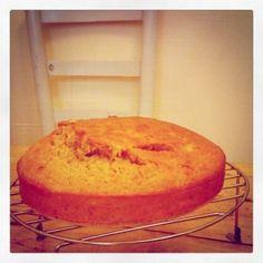 Midnight baking! Cornbread, Banana Bread, Sweets, Baking, Ethnic Recipes, Desserts, Food, Eruca Sativa, Millet Bread
